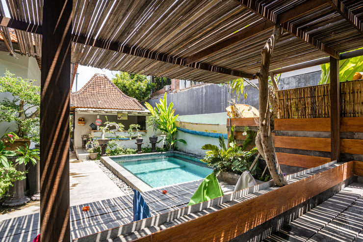 RedDoorz Hostel near Sanur Beach Harbour Bali - Photo