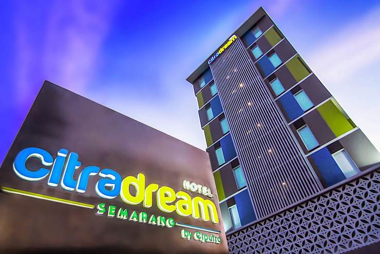 Citradream Hotel Semarang - Featured Image