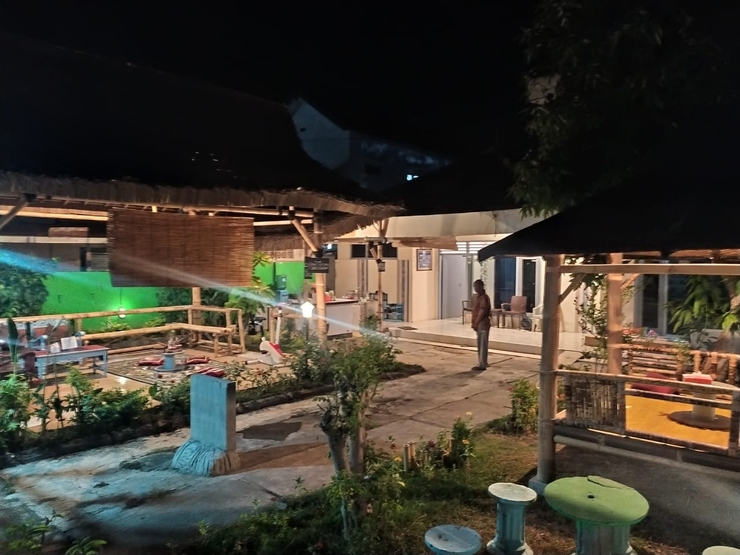 Robiu Homestay Banyuwangi - Exterior