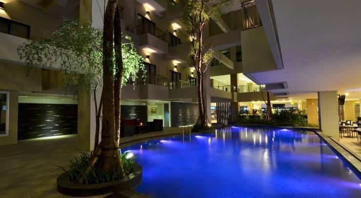 Savana Hotel Malang - Pool2