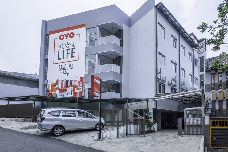 OYO 1876 Fortuna Residence Bandung - Facade