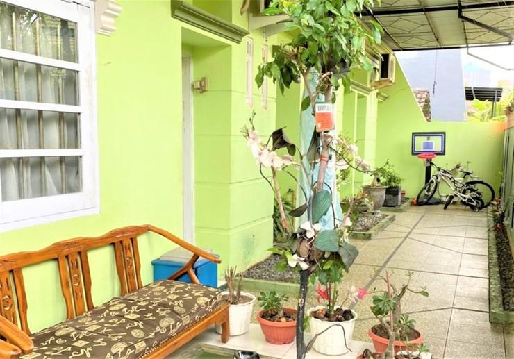 Bluesea Guesthouse Makassar - Entrance