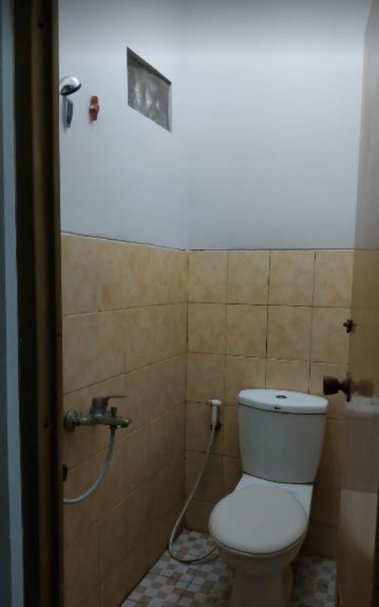 JJ House Wahid Hasyim Yogyakarta - Bathroom