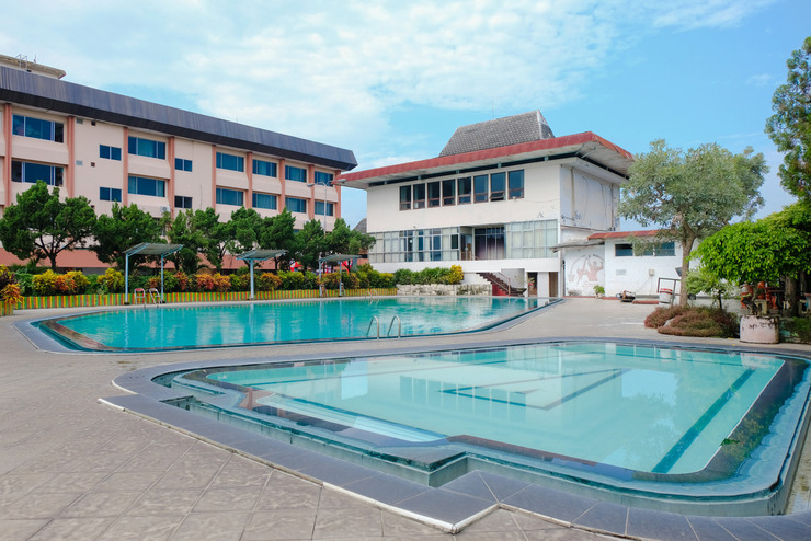 OYO 599 Hotel Bandung Permai Jember - pool