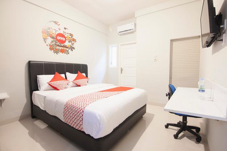 OYO 412 ABC Residence Medan - Bedroom