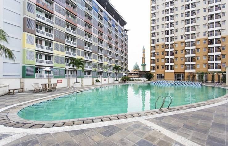 RedDoorz Apartment @ Margonda Residence 2 Depok - Kolam Renang
