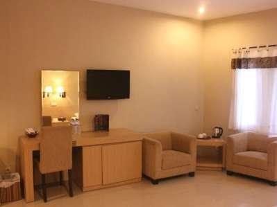 Ubud Hotel Malang - BARONG FAMILY
