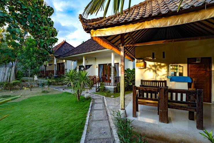 Pemuntalan Guesthouse by WizZeLa Bali - Exterior