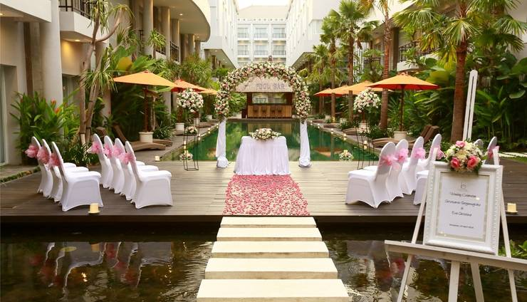 Review Hotel bHotel Bali and Spa (Bali)