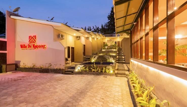 Villa De Kupang Kupang - foto malam hari