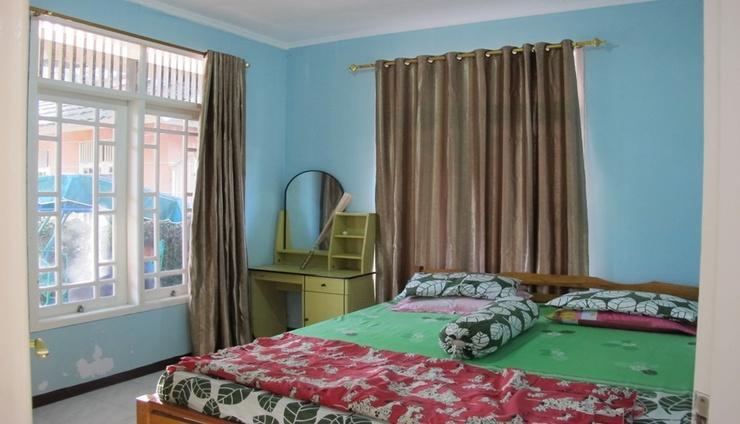 Villa Alika Palm Garden Puncak Cianjur - Bedroom