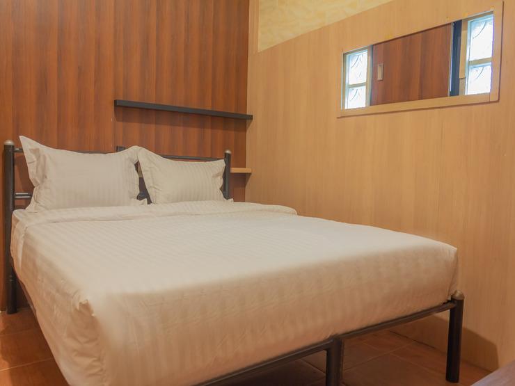 Pelangi Guest House Tangerang - Bedroom