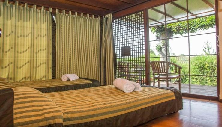 Villa Air Natural Resort Bandung - Room