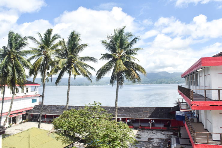 RedDoorz Plus @ Tirta Kencana Hotel Ambon - Photo
