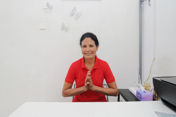 Airy Denpasar Barat Imam Bonjol Indah Regency 12 Bali Bali - Receptionist