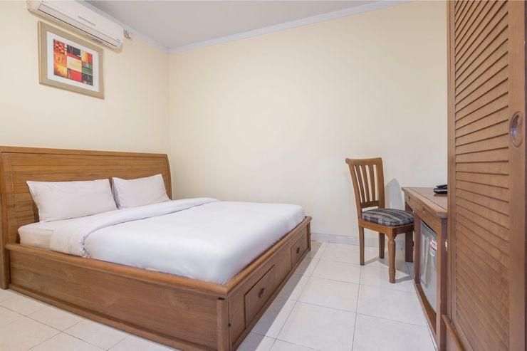 Makassar Guest House Makassar - Bedroom