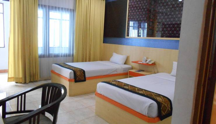 Riez Palace Hotel Tegal - Room