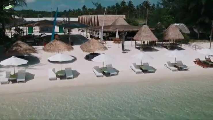 Madu Tiga Beach & Resort Bintan - Exterior