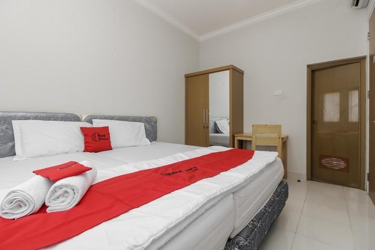 RedDoorz near Central Park Mall Jakarta - Guestroom