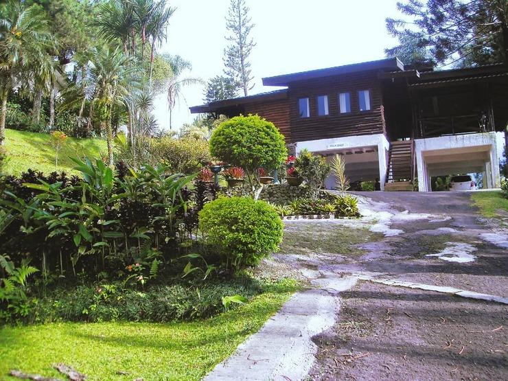 Villa Luhur Cisarua Bogor - Exterior