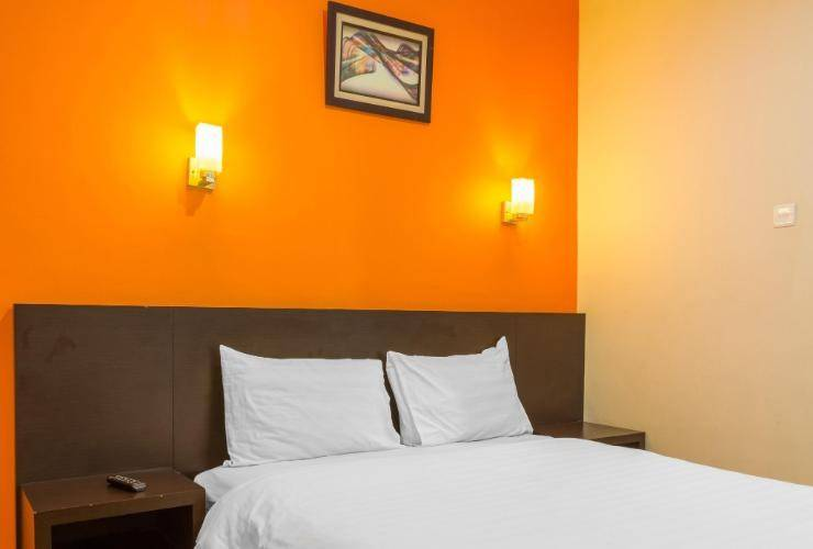 Alpha Inn Medan - Deluxe double room