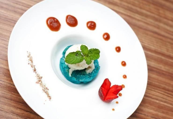 Fabu Hotel Bandung - Food & Beverage