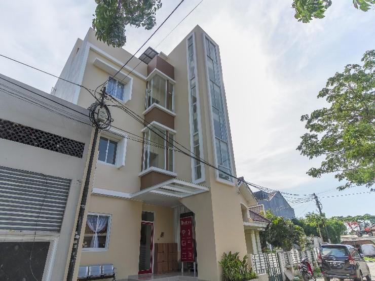 RedDoorz near Soekarno Hatta Airport Tangerang - Exterior
