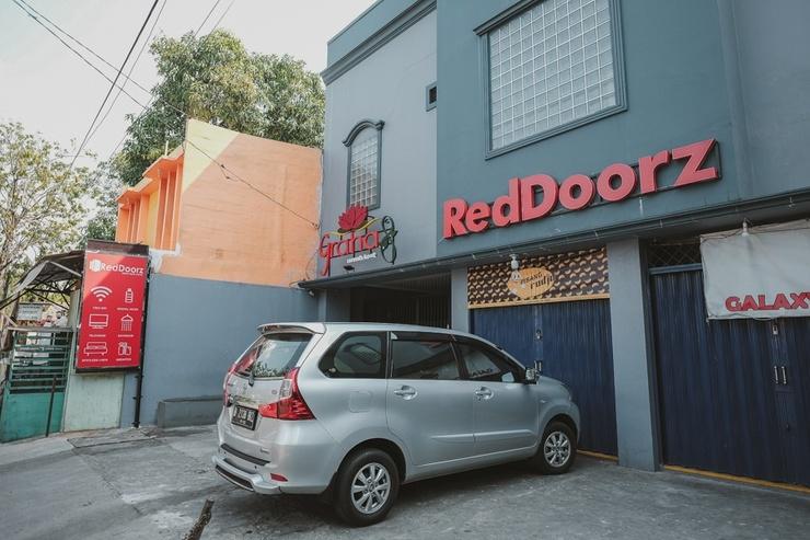 RedDoorz near RSUD Koja Jakarta - Bangunan Properti