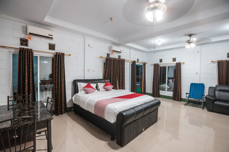 OYO 580 Losmen Cikuda Bogor - Bedroom