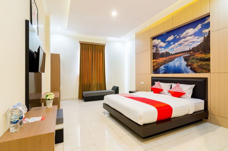 OYO 1309 Hotel Shafira Yogyakarta - Bedroom