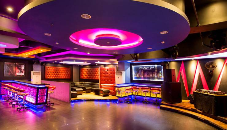 Aston Ketapang City Hotel Ketapang - The Royale Club