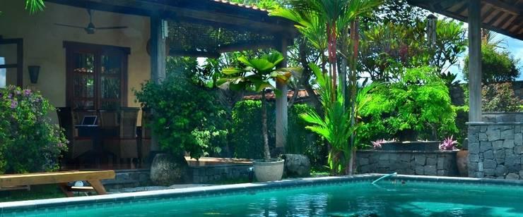 Villa Aquin Solo - Kolam Renang