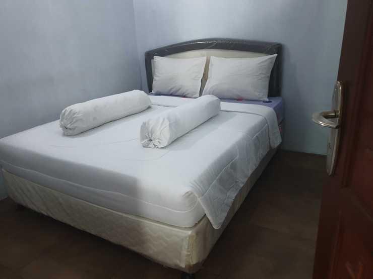 GIC House Depok Depok - Rooms