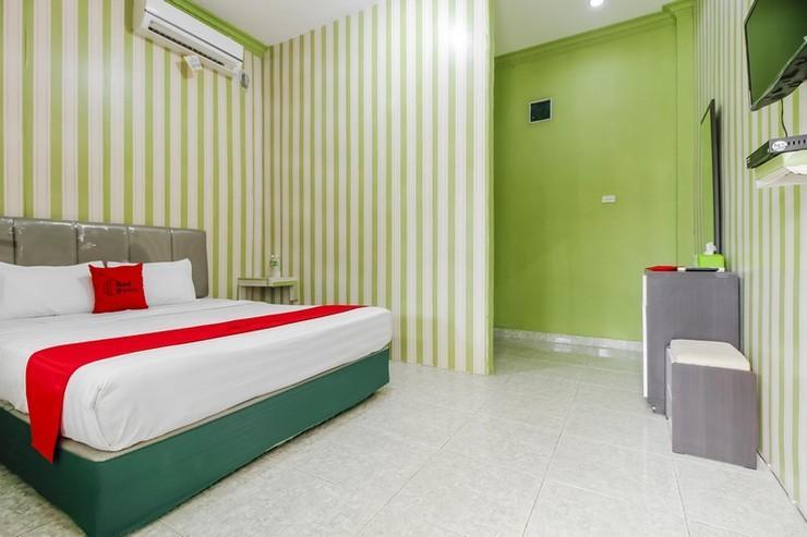 RedDoorz Syariah @ Jalan Sudirman Belitung Belitung - Bedroom