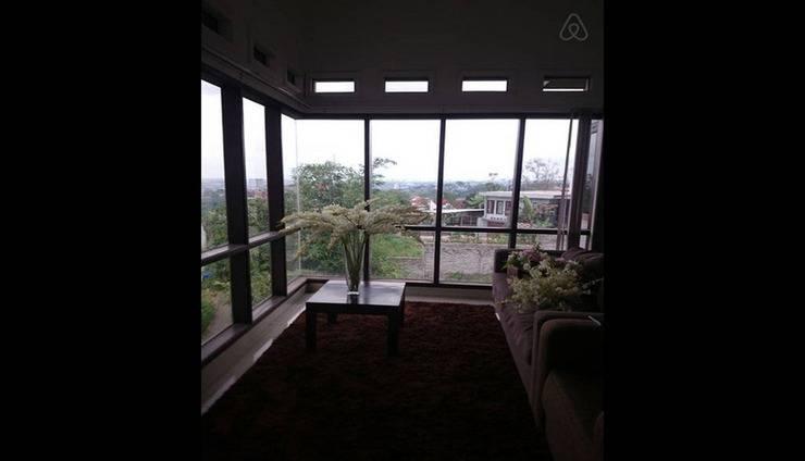 Villa Padasuka Raisa Bandung - Interior