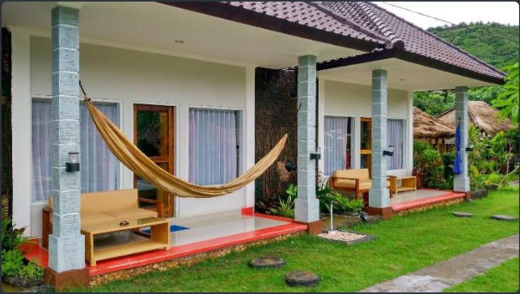 La Bangkat Homestay and Warung Lombok - Facade