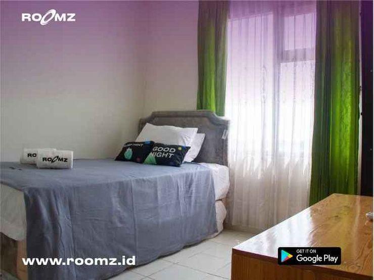 Easton Park Apartment Jatinangor By Roomz Sumedang - Bedroom