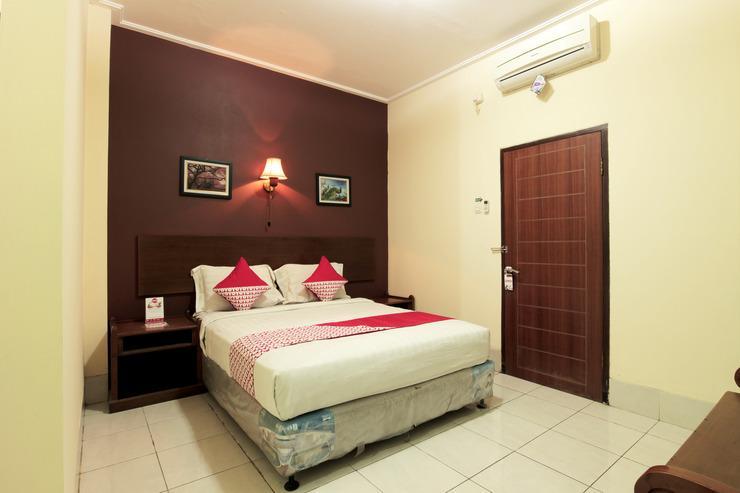 OYO 227 Hotel Sebelas Syariah Bandung - Bedroom