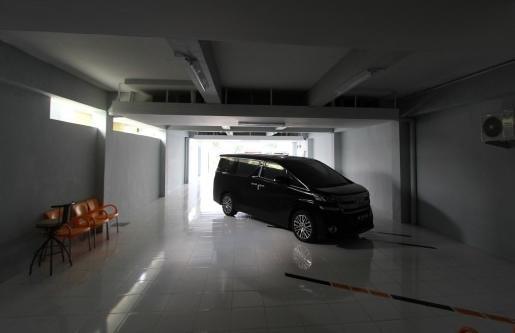 O2 Residence Luxury Medan - Parkir