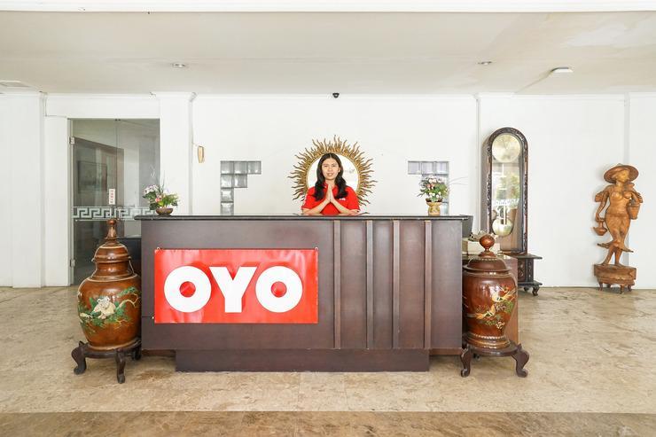 OYO 252 istana permata ngagel Surabaya - Reception