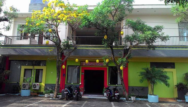 Hasanah Sawojajar Guest House Malang - Tampilan Luar Guest House
