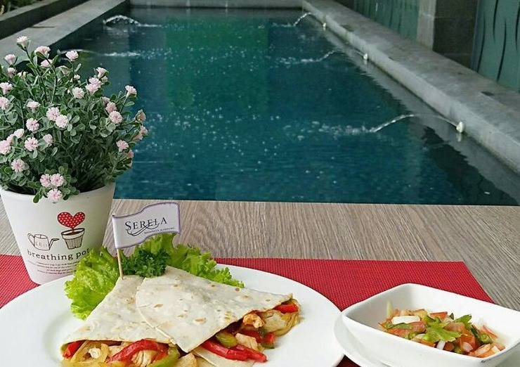Serela Waringin Hotel Bandung - Chicken Fajitas
