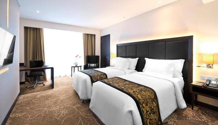 Melia Makassar - Room