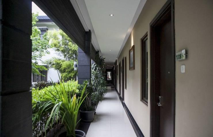 RedDoorz Plus near Bandung Indah Plaza Citarum - Exterior