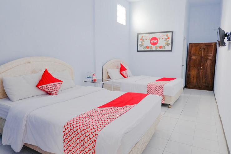OYO 421 Alianda Guest House Syariah Malang - bedroom