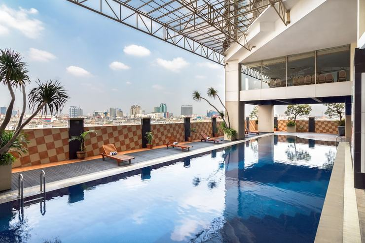 Best Western Mangga Dua - Indoor/Outdoor Pool
