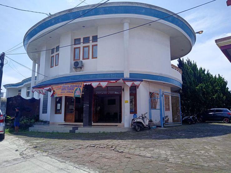 Abadi Hotel Tasikmalaya - Exterior