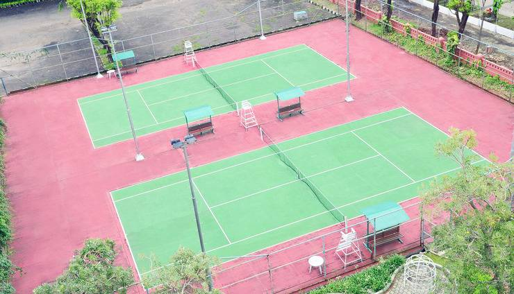 Sunlake Hotel Jakarta - Tenis