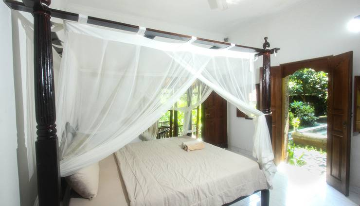 Yuliati House Bali - double bed room