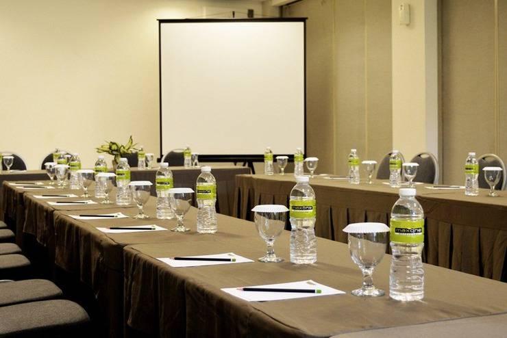 MaxOneHotels Sukabumi - Ruang Rapat